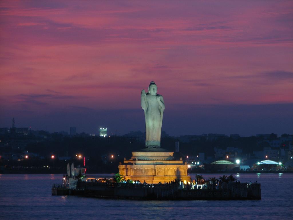 Hyderabad_Lake_India